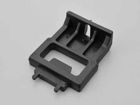 GIVI 【Z106】ボルト(ベース固定金具)