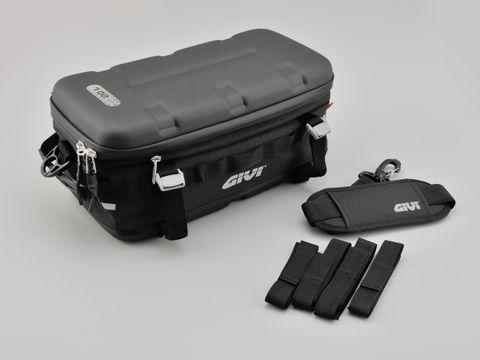 GIVIUT807防水カーゴバッグ20L