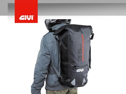 GIVI  防水バックパック